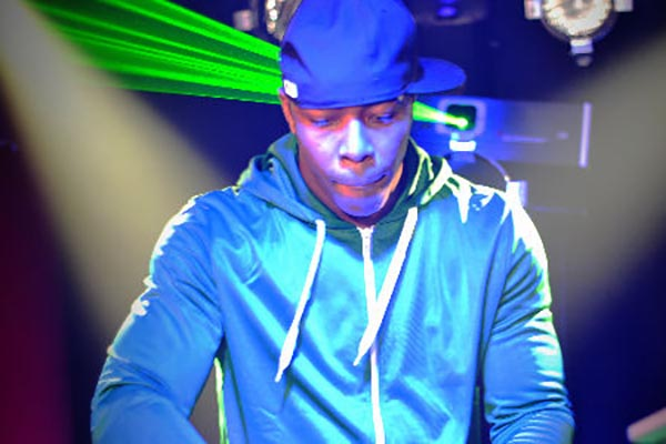 DJ Hollywood | An Incredible Philadelphia Wedding DJ