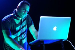 DJ Ivan G | An Award-Winning Philadelphia Party DJ 2