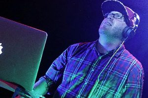 DJ dBerg | The Most Amazing Philadelphia Party DJ & MC