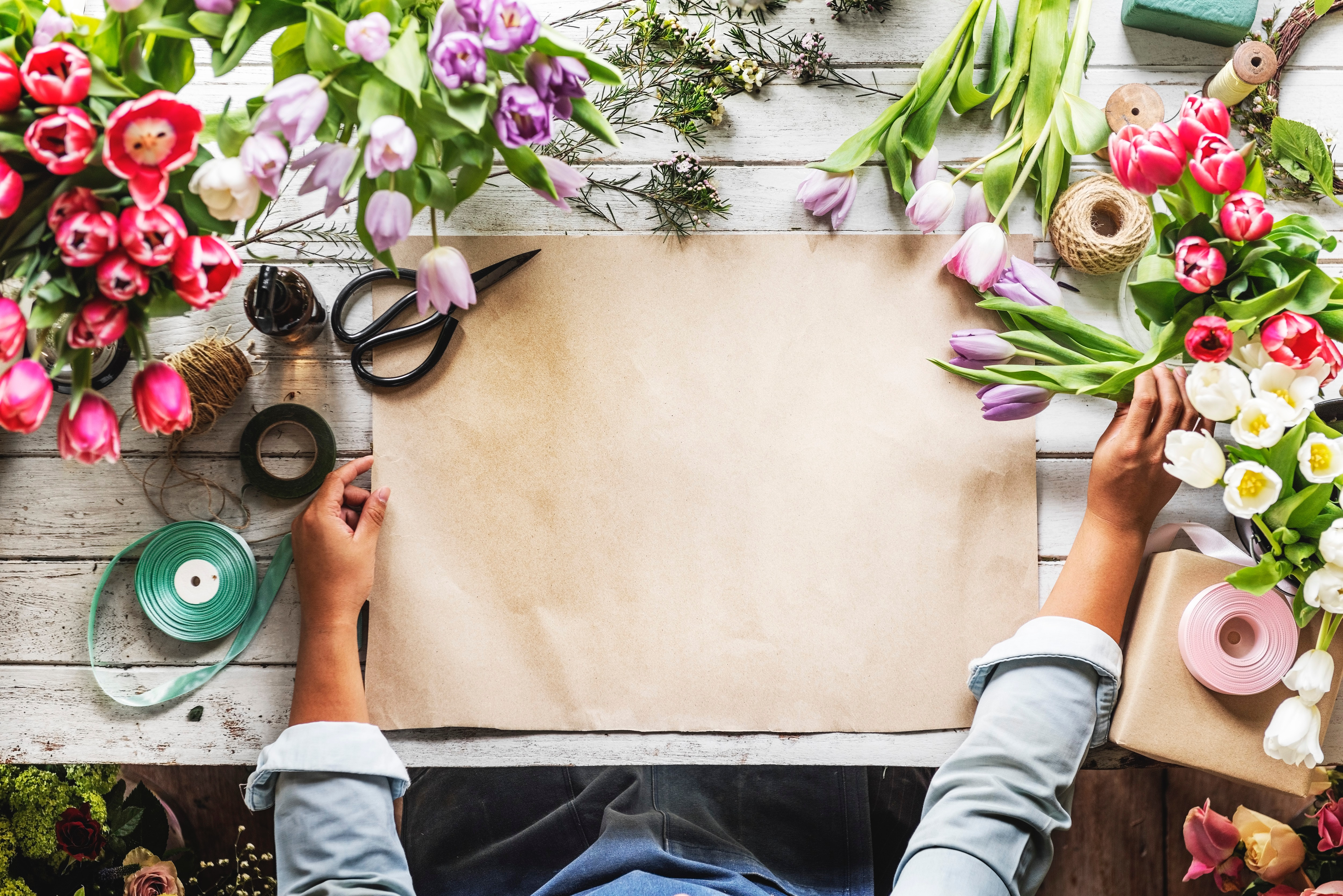 Don't Break The Bank On Wedding Flowers: Money Saving Tips